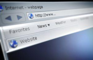 لماذا تكتب عناوين الويب باللغة الإنجليزية
