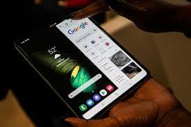 قابلية Galaxy S11 Plus للطى