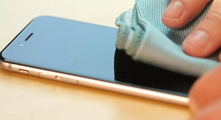 تنظيف شاشة هاتفك الذكى