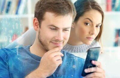 مراقبة هاتف أي شخص وقراءة المحادثات